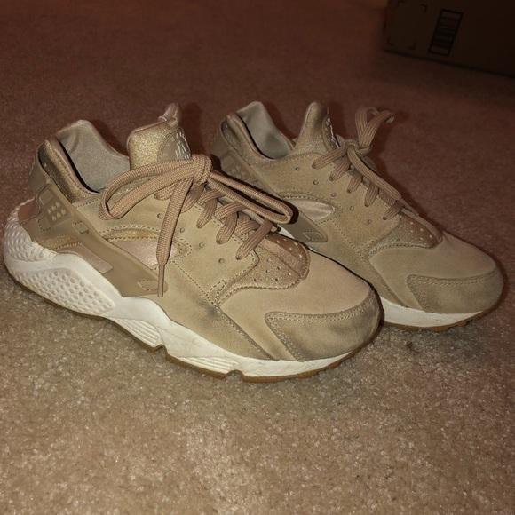 Nike Shoes | Suede Huaraches | Poshmark